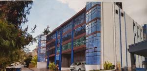 PINES メインキャンパス(プロフェッショナルスピーキングキャンパス:2020 年 4 月 11 日より)